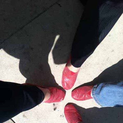 4 Red ShoesB