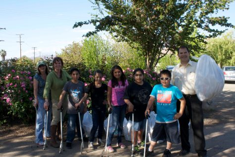 Here is the Kiwanis/Builders Club de-trashers standing in the Botanical Gardens.