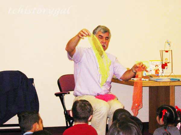Rick Rossiter, telling stories to second graders
