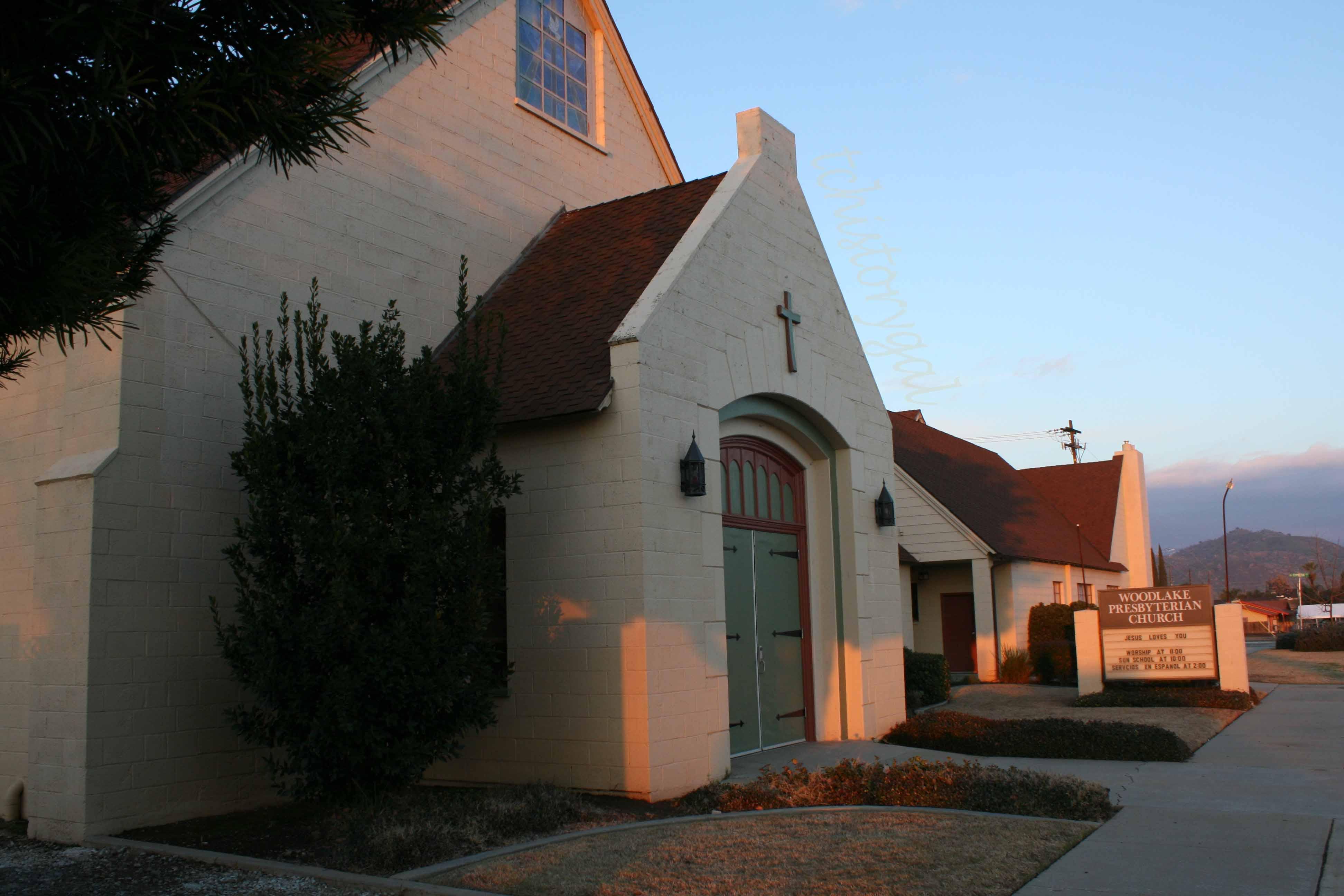 Image result for Woodlake Presbyterian Church, 600 W. Naranjo Blvd., Woodlake