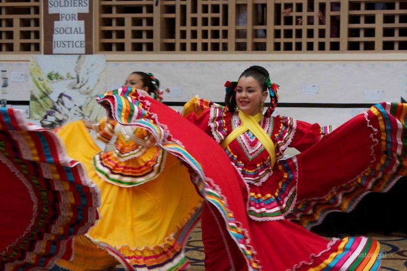 2013 CCSS Folklorico Dancers