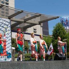 2013 Thai Dancers in San Francisco bright colored