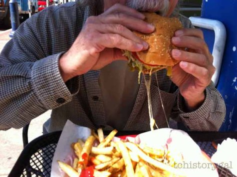 Eureka Surfside Burgers1