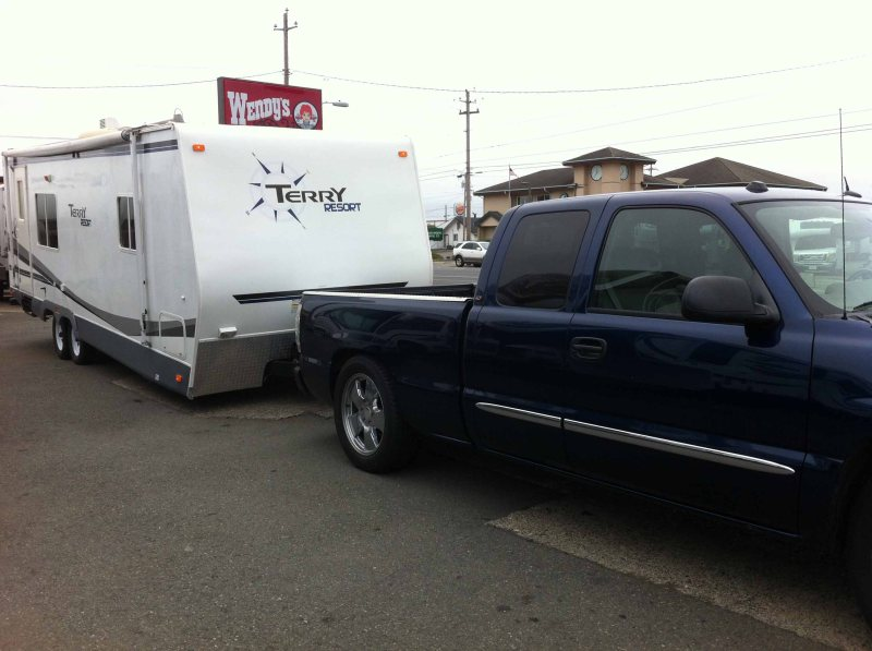 Accidental Vacation 305 Reedsport Oregon trailer pickup