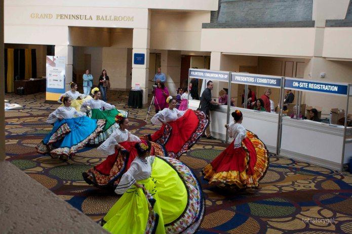 SFW 2013 Folklorico Dancers 036
