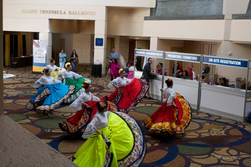 SFW 2013 Folklorico Dancers 036