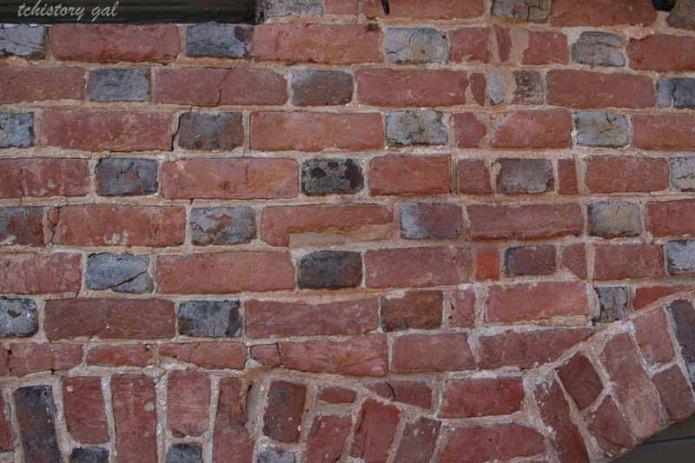Ddays patterned brick