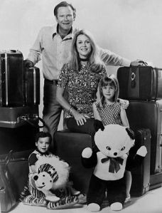 330px-Bewitched_Stephens_family_1971