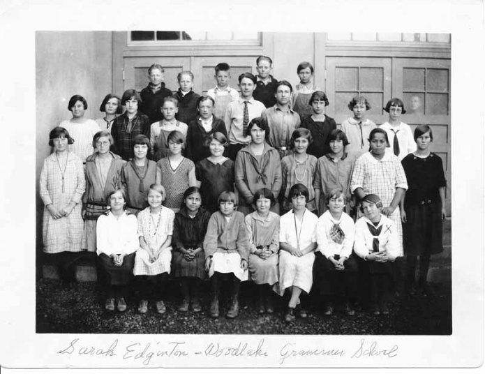 Woodlake Elementary School 1923 (Courtesy of Marcy Miller.)