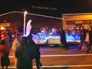 Woodlake Parade 4