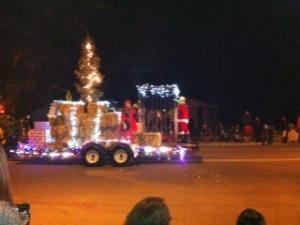 Woodlake parade3