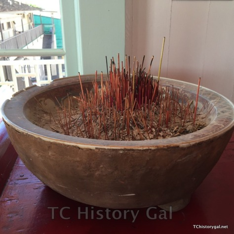 Hawaii 2016 Taoist Temple bowl with incense
