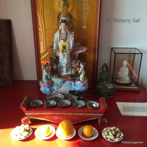 Hawaii 2016 Taoist Temple 2448x2448-013