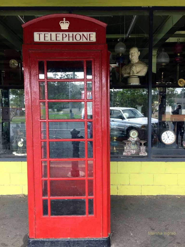 Crows Nest phone booth