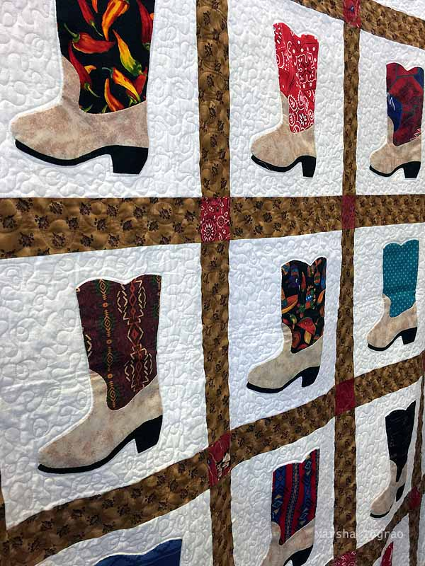 quilted boot latitce square quilt