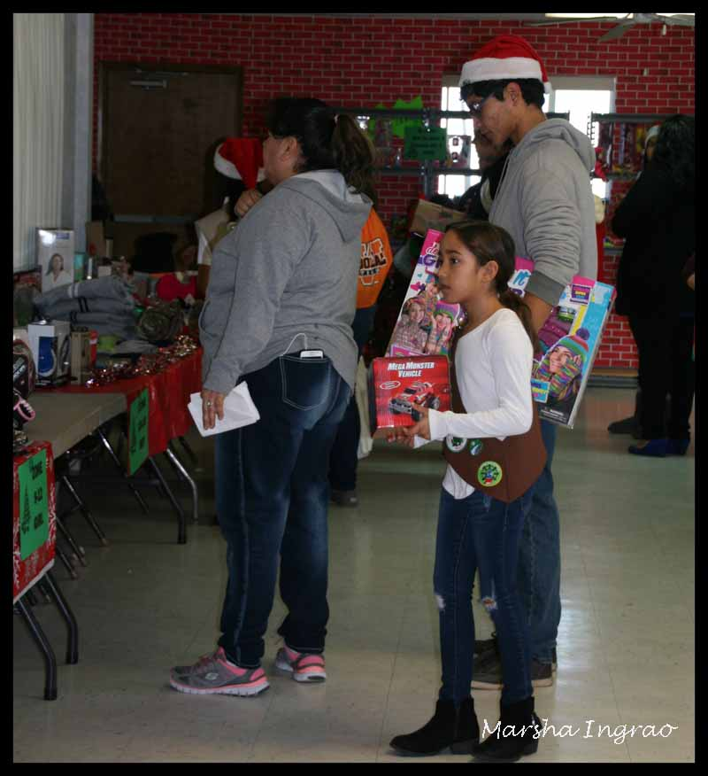 Sunday Stills Volunteering Kiwanis Toys for Joy